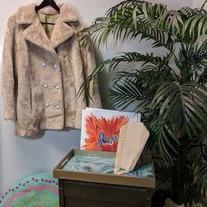 Jackets & Blazers - ✴️ Vintage Faux fur jacket!